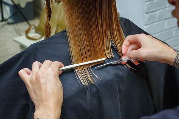 significado de soñar con cortar pelo
